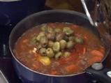Телешка яхния с маслини 4