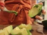 Овчарска салата с авокадо 2