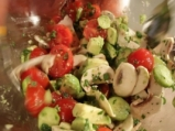 Овчарска салата с авокадо 4