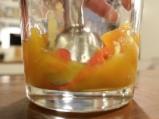 Милфьой с ванилов крем и манго 5