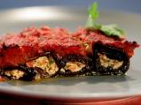 Патладжанени руладини с доматен сос