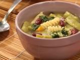 Градинарска супа с писту