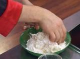 Орехови топчета със сирене 3