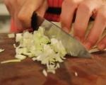 Пилешки бутчета с праз и сметанов сос 4
