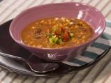 Пикантна супа с боб и царевица