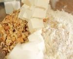 Мъфини с круши, козе сирене и орехи