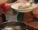 Бистра супа с кнедли от дроб 7