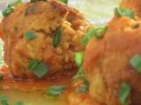 Агнешки кюфтета с картофи в доматен сос
