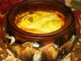 Праз със сирене в гювече