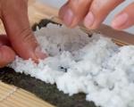 Основни техники за варене на ориз за суши и приготвяне на суши 4