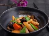 Задушени зеленчуци по японски