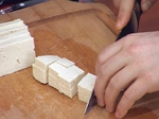 Пържен спанак със соево сирене