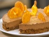 Шоколадова  мус торта с портокалов чипс