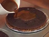 Торта с шоколадов мус и лешникова коричка 6