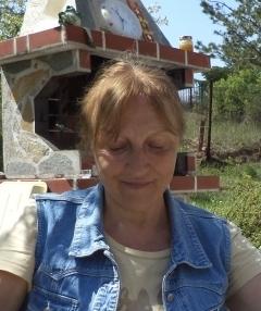Таня Манова