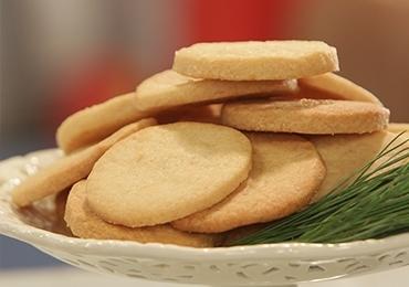 Каква е разликата мeжду бисквити и сладки?