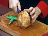 Пиле с ананас в кокосов орех 2