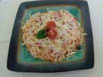 Спагети с печени чери домати и каперси