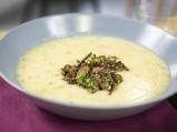 Супа от картофи и целина с гъби и орехи