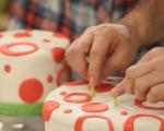 Празнична двуетажна торта 11