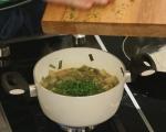 Яхния от пресен лук с маслини 3