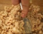 Лозови сарми с боб