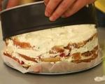Козуначена торта с ягоди 8