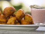 Бухтички с ягодово-млечен сос (Пуф-пуф)