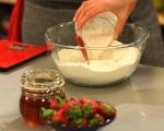 Бухтички с ягодово-млечен сос (Пуф-пуф) 2