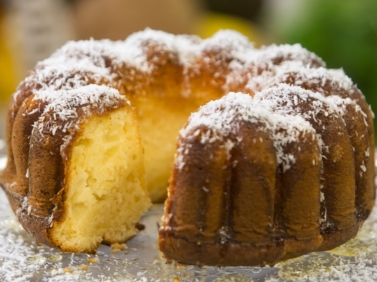 Кейк с ананас и кокос