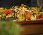 Картофи с чери домати на фурна 5