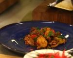 Пилешко с картофи и чери домати 6