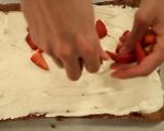 Шоколадово руло с ягоди 12