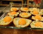 Печени картофи с яйца и кашкавал 5