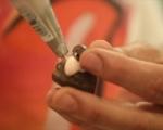 Шоколадови профитероли 8