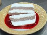 Бял шоколадов терин с малинов сос 5