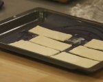 Тарт с червен лук и козе сирене  5
