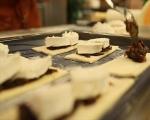 Тарт с червен лук и козе сирене  6