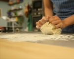 Чеснови хлебчета с патладжани 3