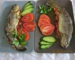 Пъстърва във фолио с домати, маслини и риган 6