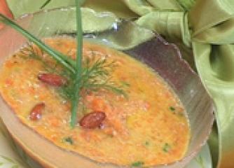 Морковена супа с бадеми