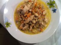 Крехко пилешко със зеленчуци и сметан...