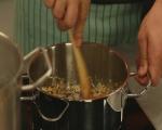 Спагети с песто от чушки 3