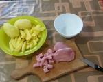 Задушени картофи със свинско месо