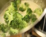 Супа от броколи с топено сирене 10