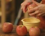 Ябълки в тесто