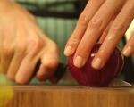 Кълцана салата от червено зеле и моркови 2
