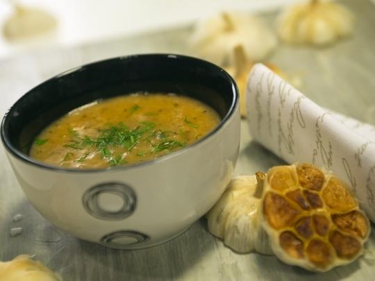Френска супа от печен чесън