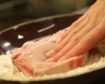 Свински пържоли с карамелизиран лук 2