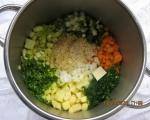 Супа от тиквички, картофи, моркови и пресен лук 2